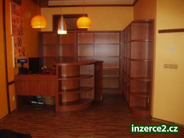 Prodám vybavení prodejny nebo kanceláře - reprezentativní_2